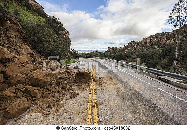 アンジェルという名前の人たち, los, 峡谷, カリフォルニア, 地すべり, 道 - csp45018032