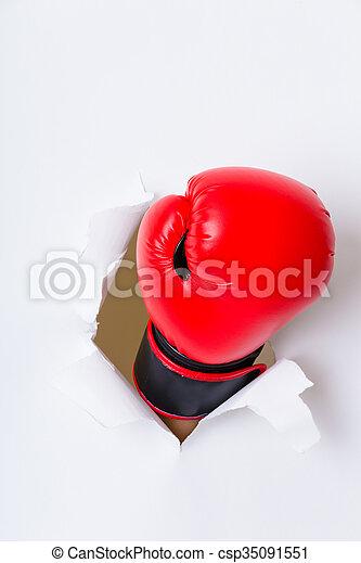 ボクシング用グラブ, 手, ペーパー, によって, 穴 - csp35091551