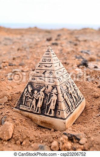 ミニチュア, モデル, ピラミッド, エジプト人 - csp23206752