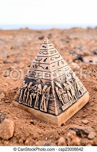 ミニチュア, モデル, ピラミッド, エジプト人 - csp23008642