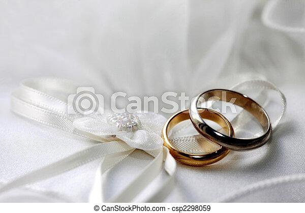 リング, 結婚式 - csp2298059