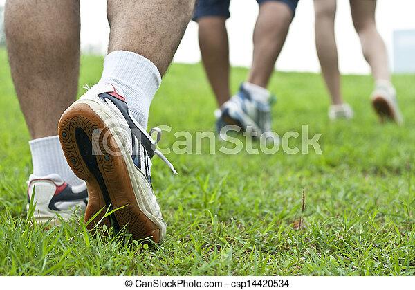 動くこと, スポーツの靴 - csp14420534
