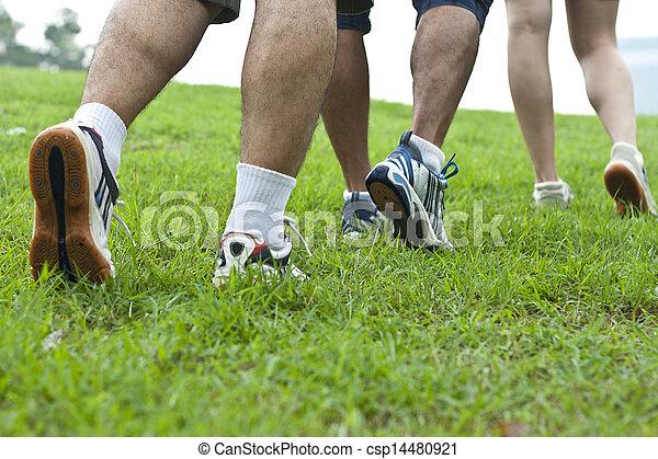 動くこと, スポーツの靴 - csp14480921