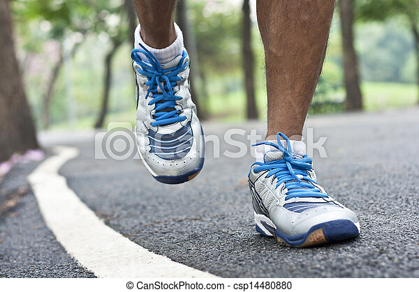 動くこと, スポーツの靴 - csp14480880