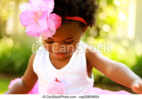 女の子, 黒, 下方に, 若い見ること - csp20804654