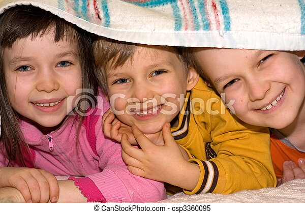 子供, 幸せ - csp3360095
