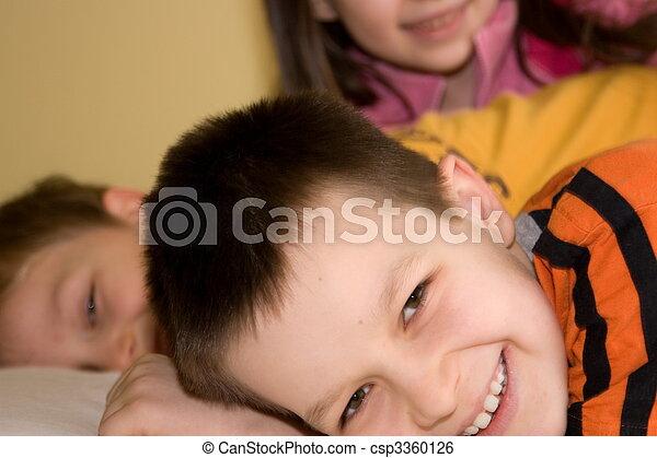 子供, 幸せ - csp3360126