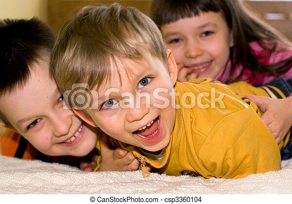 子供, 幸せ - csp3360104