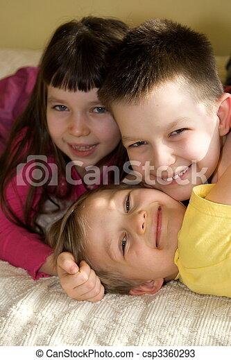 子供, 幸せ - csp3360293