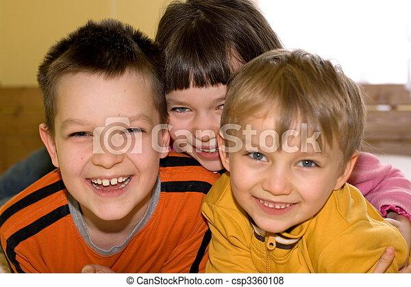 子供, 幸せ - csp3360108
