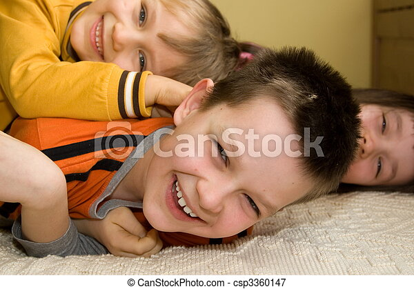 子供, 幸せ - csp3360147