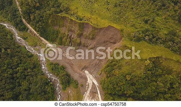 山。, camiguin, 道, 地すべり, 島, フィリピン。 - csp54750758
