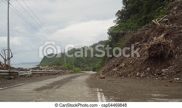 山, road..camiguin, 地すべり, 島, フィリピン。 - csp54469848
