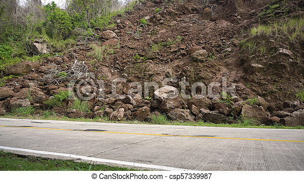 山, road..camiguin, 地すべり, 島, フィリピン。 - csp57339987