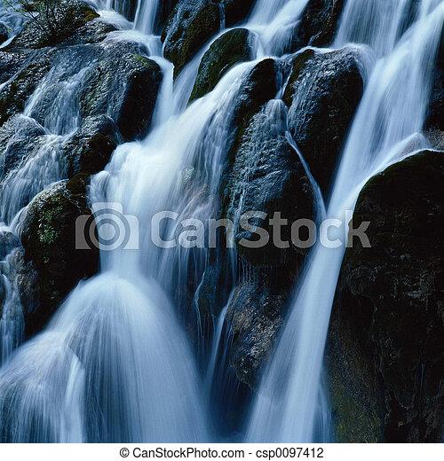 滝 - csp0097412