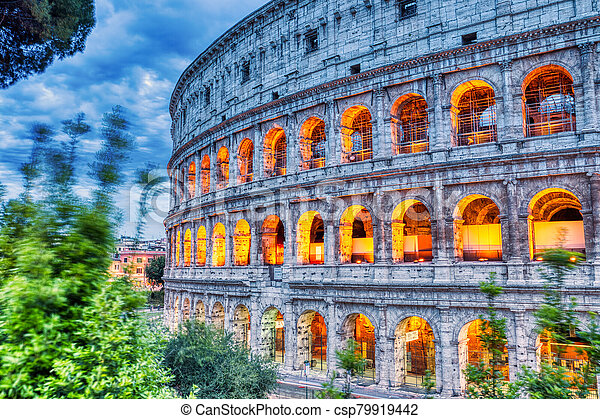 照らされた, ローマ, 夕闇, colosseum - csp79919442